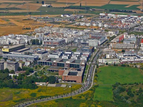 Vertrags- und Nachtragsmanagement: Riedberg Frankfurt